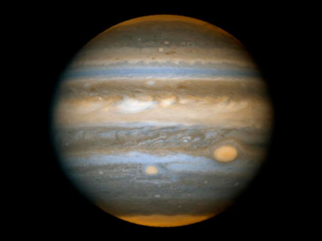Cal Scientist: Jupiter Core 2X as Big as Thought