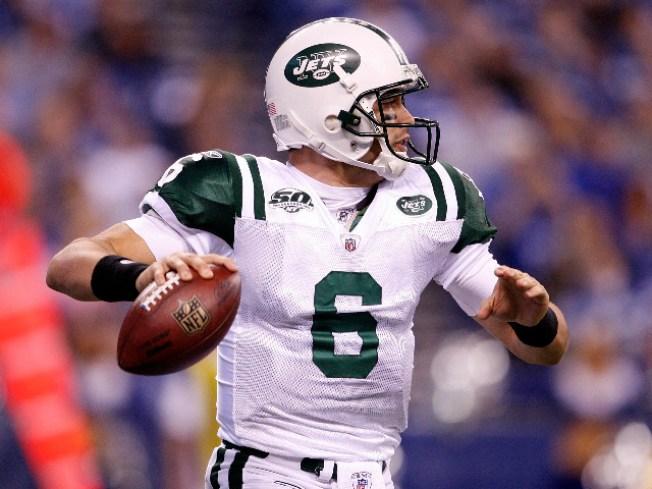 No More Talking: Jets Take Field For Preseason Opener