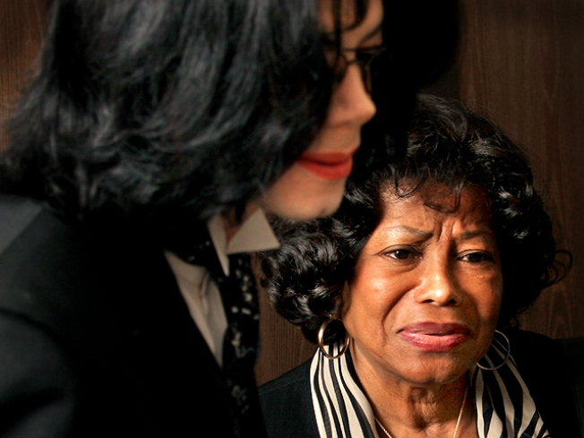 Michael Jackson's Mom, Kids Get $86,804 Monthly