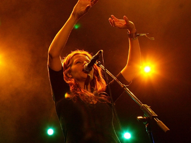 11/16: Neko Case @ The Beacon
