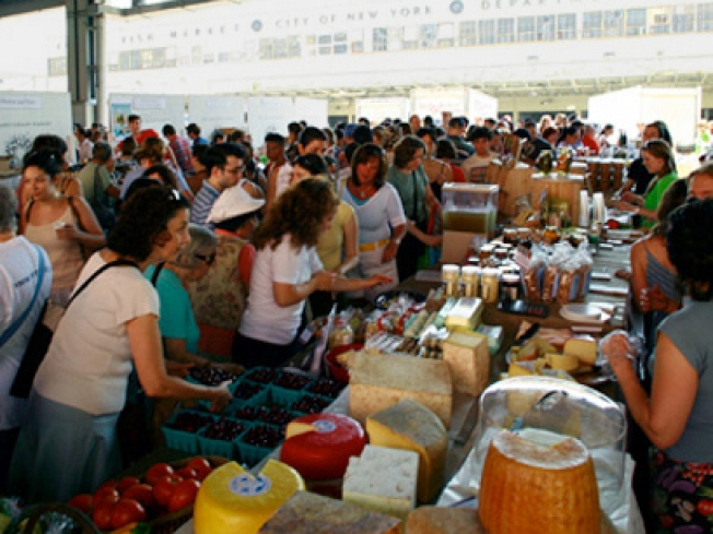 "Help the ""Best"" Outdoor Market Become an Indoor, Permanent One"