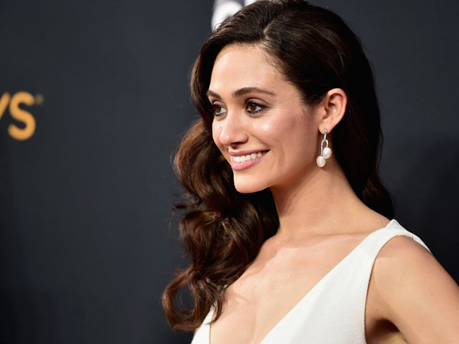 Emmy Rossum Secretly Married – But Is A Divorce Looming?