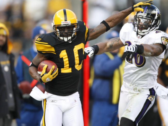 Jets Go All In With Trade for Talented, Troubled Santonio Holmes