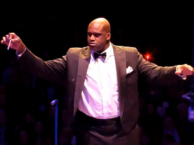 Shaq Dons Tux, Conducts Holiday Concert in Boston