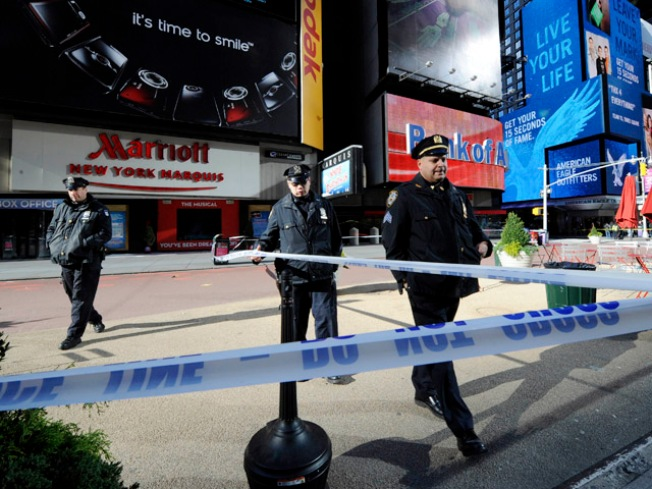 Times Square Shooter Held Gun Like Rapper