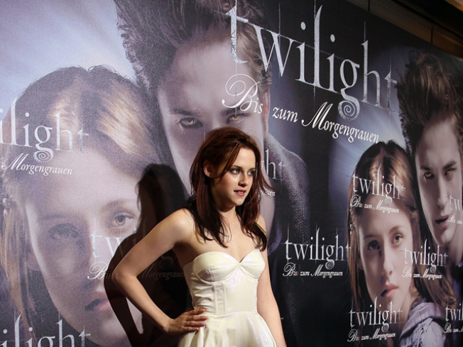 First Song In 'New Moon' Soundtrack Confirmed