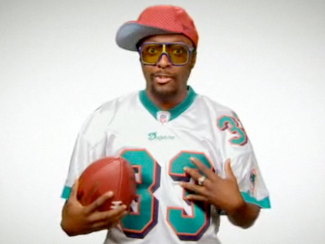 Will.i.am Makes Black-Eyed Plea to the Dolphins