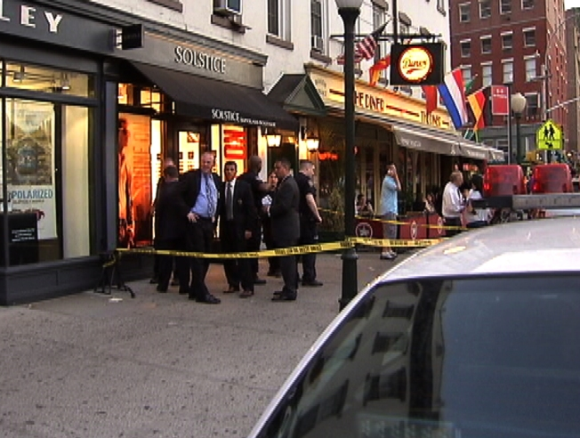 stabbing spree near meatpacking apple store nbc new york. Black Bedroom Furniture Sets. Home Design Ideas