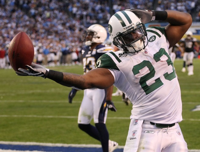 Jets Stun Chargers, 17-14!
