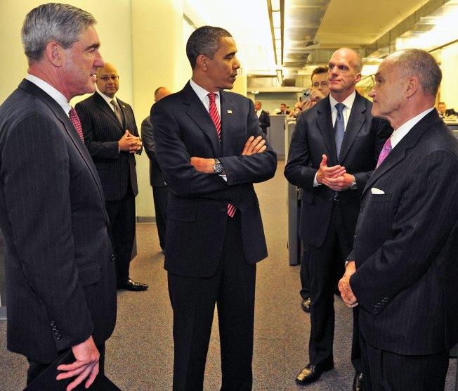 Obama Praises NYPD, FBI; a Shout Out to Thompson