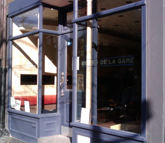 Bistro De La Gare Pulls Into the Station