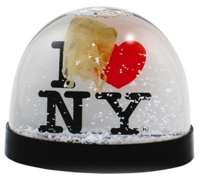 Favorite Things: I Heart New York Snowglobe