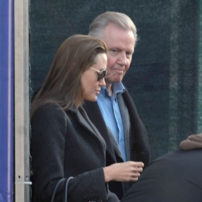 Jon Voight Joins Jolie-Pitts In Venice For Family Reunion