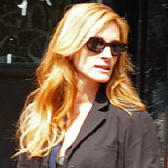 See Julia Roberts Shoot Eat, Pray, Love in the East Village