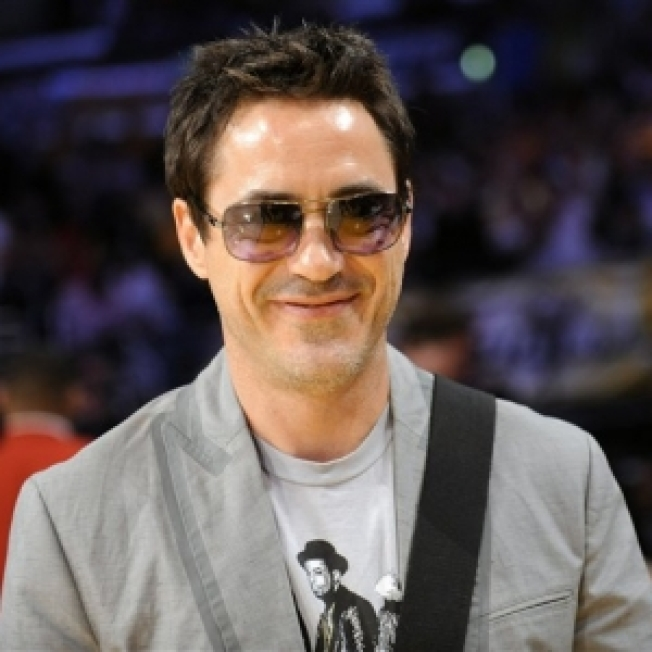 Robert Downey Jr. Signs On For 'Sherlock Holmes'