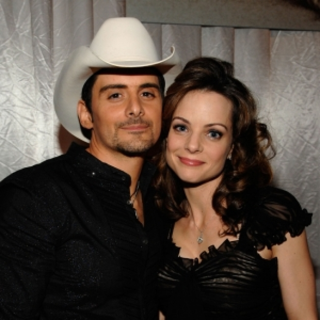 Brad Paisley: Wife Dreamed Name Of Their New Son