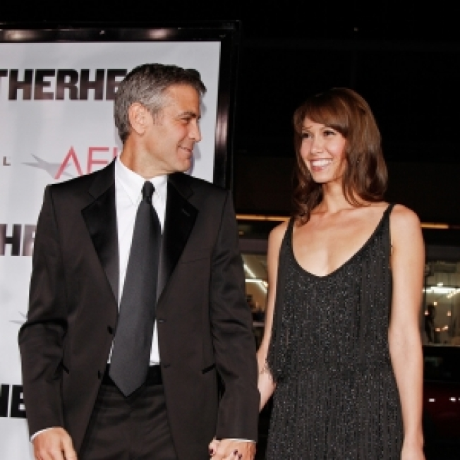 Sarah Larson On Dating & Splitting Up With George Clooney