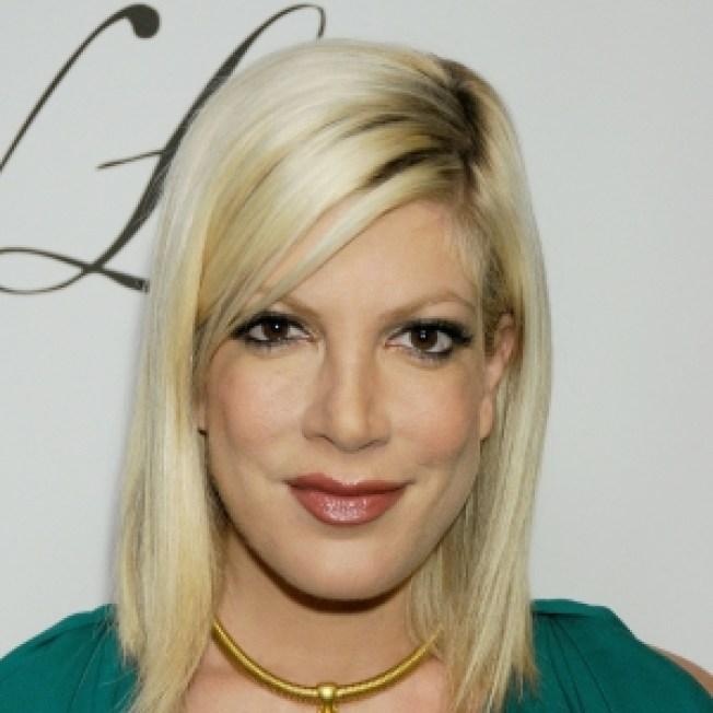 Report: Tori Spelling Back In '90210' Talks