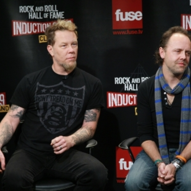 Metallica Singer Hetfield Hospitalized In Sweden