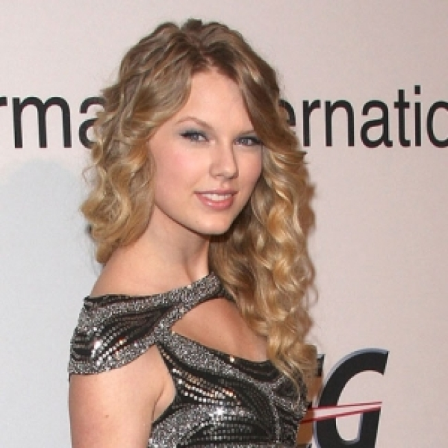 Taylor Swift Not Afraid Of Revealing Painful Breakup In Her Music