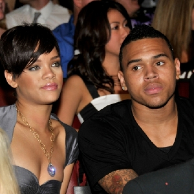 Rihanna Blasts Chris Brown In New Song?