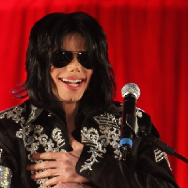 'High School Musical' Director Tapped For Michael Jackson's Concert