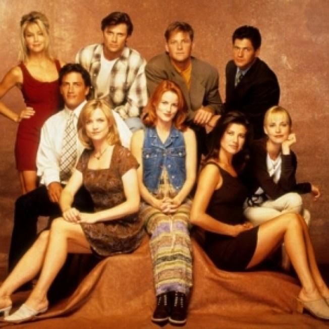 """Original """"Melrose Place"""" Cast Reunites for Upcoming Scene"""
