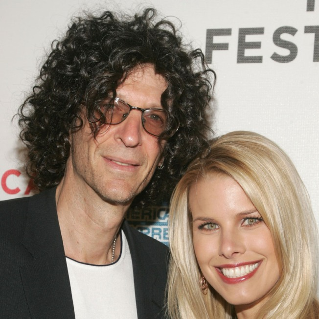 Howard Stern Set For Friday Night NY Wedding