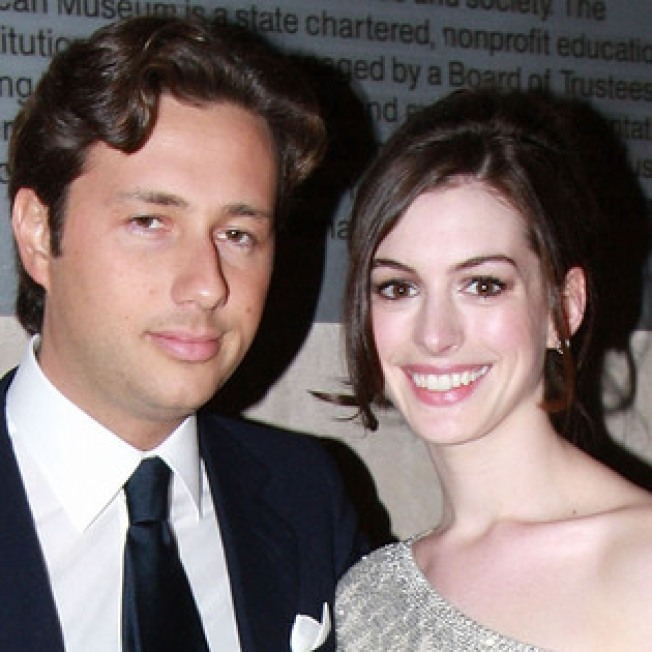 Prosecutors Urge No Leniency for Anne Hathaway's Ex-Boyfriend