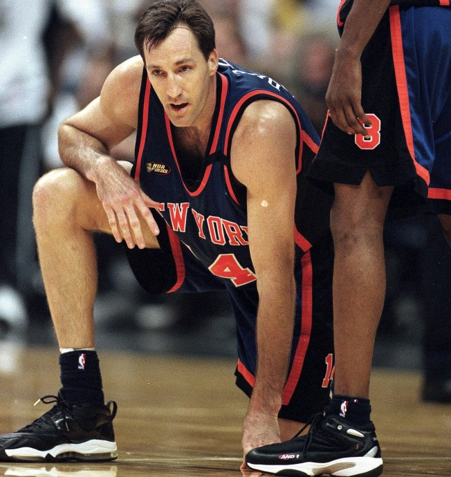 Former Knick Chris Dudley Takes a Shot at Politics