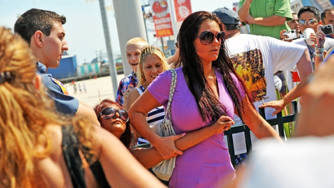 "NJ's ""Snooki"" Law Lets Towns Regulate Reality TV"