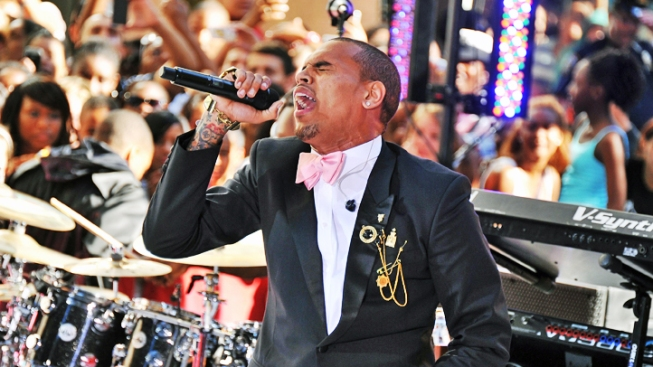 Chris Brown to Perform at the Grammy's