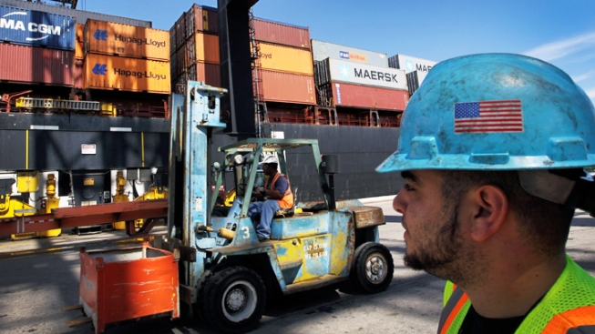 NY-NJ Dock Workers Authorize Strike as Talks Sour