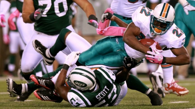 The Jets Put Reggie Bush on Notice