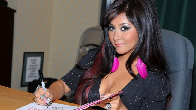 "Snooki Wants a Boob Job ""Very Soon"""