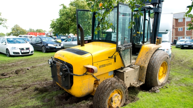 2 Hurt in Forklift Accident at NJ Business