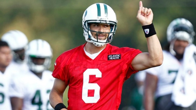 Jets Seeing a More Confident Mark Sanchez This Year