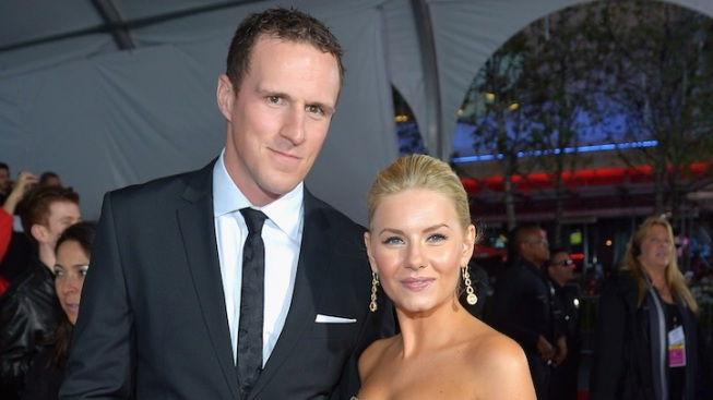 Elisha Cuthbert Marries Hockey Star Dion Phaneuf
