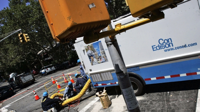 Con Edison Makes Progress on Storm Blackouts