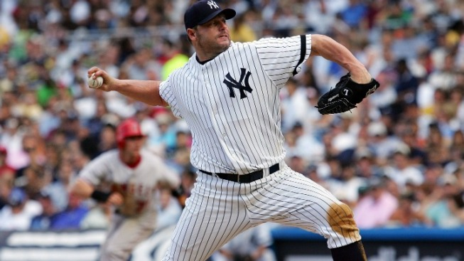 Yankees Can't Ignore Roger Clemens Anymore