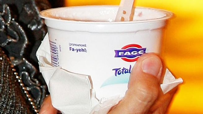 Schumer: Bring Greek Yogurt to NY School Cafeterias
