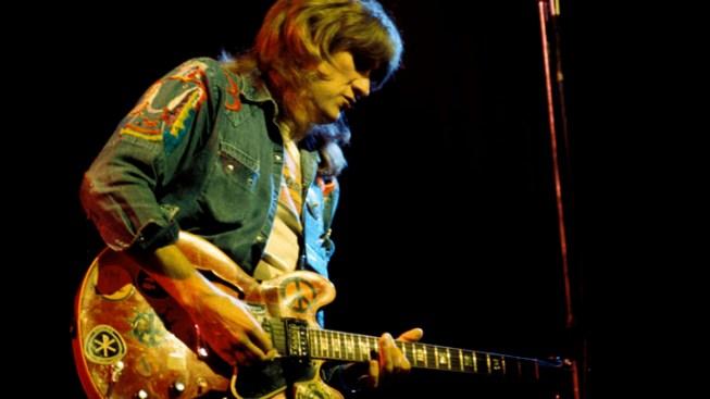 Rock Guitarist Alvin Lee Dies at 68