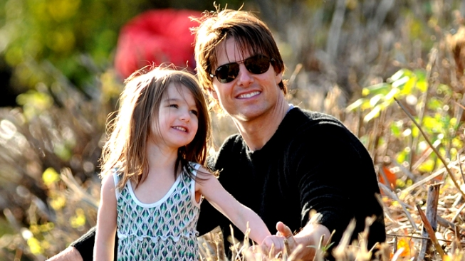 Katie Holmes Gets Primary Custody of Suri: Reports