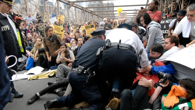 Occupy Activists March Across Brooklyn Bridge