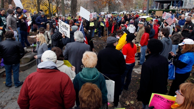 Hundreds Join Occupy Albany in Protest at Capitol