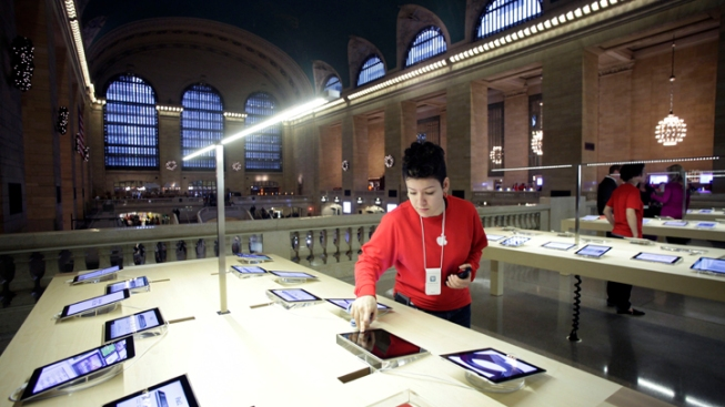 Grand Central Apple Store's Exclusive Features