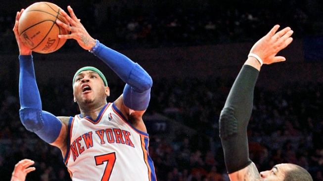 Anthony Has 43, Knicks Tops Bulls in Rose's Return