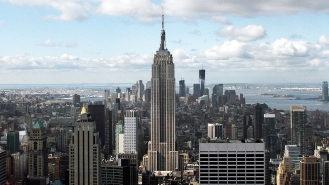 New LED Light System for Empire State Building