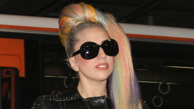 Manager: Gaga Recovering Nicely After Hip Surgery