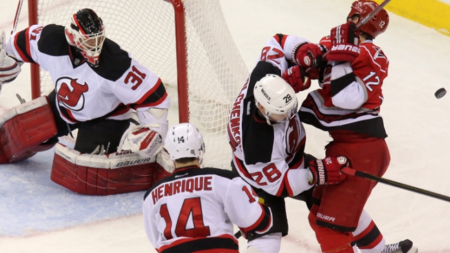 Brodeur Helps Devils Top Hurricanes 4-1